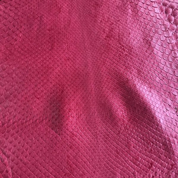"""""""SKU:10078 NAME:python leather bleatched millenium violet strawberry ANIMAL:python leather SPECIE:reticulatus ARTICLE:bleatched millenium COLOR:violet strawberry USE:leathergoods, shoes SIZE:27+ THICKNESS:0,4/0,6 DESCRIPTION:soft, semishinny """""""