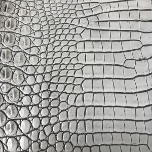 """SKU:10126 NAME:crocodile leather lave cloth ANIMAL:crocodile leather SPECIE:niloticus ARTICLE:lave COLOR:cloth USE:leathergoods, shoes SIZE:36-39 THICKNESS:1,0/1,2 DESCRIPTION:vintage, sporty, semishinny, soft """