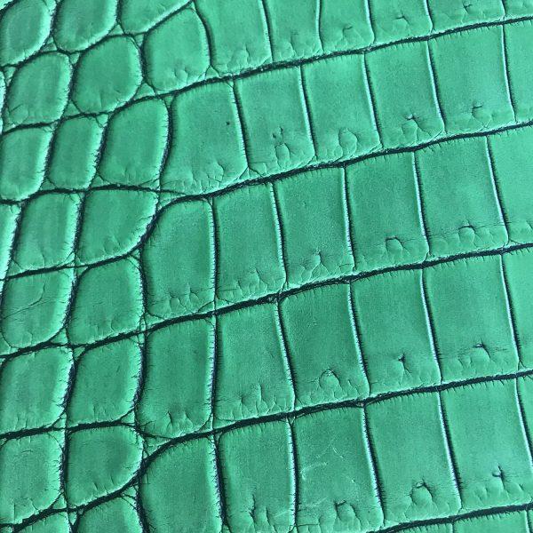 """SKU:10142 NAME:crocodile leather lave prato ANIMAL:crocodile leather SPECIE:niloticus ARTICLE:lave COLOR:prato USE:leathergoods, shoes, SIZE:40-44 THICKNESS:1,0/1,2 DESCRIPTION:matt, soft, dressy """