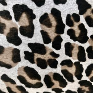 """""""SKU:10196 NAME:calf leather cavallino printed leopard grey ANIMAL:calf leather SPECIE:calf ARTICLE:cavallino printed COLOR:leopard grey USE:leathergoods, shoes, garment SIZE:04-05 THICKNESS:0,8/1,0 DESCRIPTION:soft, shinny, warm """""""