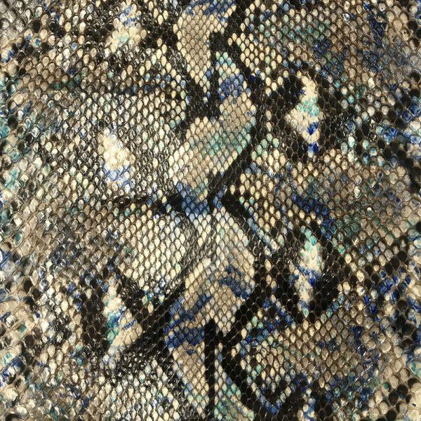 """SKU:63 NAME:python leather zante blu electric ANIMAL:python leather SPECIE:reticulatus ARTICLE:zante COLOR:blu electric USE:leathergoods, shoes, garment SIZE:27+; 30+; 35+ THICKNESS:0,4/0,6 DESCRIPTION:soft, shinny """