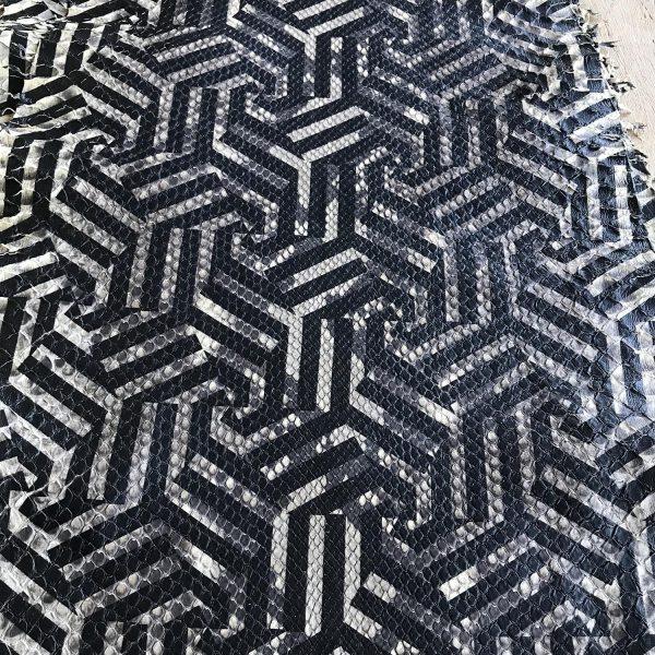"""SKU:10239 NAME:python leather caleido beige nero """