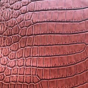 """SKU:10260 NAME:crocodile leather millenium pompei ANIMAL:crocodile leather SPECIE:niloticus ARTICLE:millenium COLOR:pompei USE:leathergoods, shoes, SIZE:30-34, 35-39 THICKNESS:1,0/1,2 DESCRIPTION:shinny, soft, dressy """
