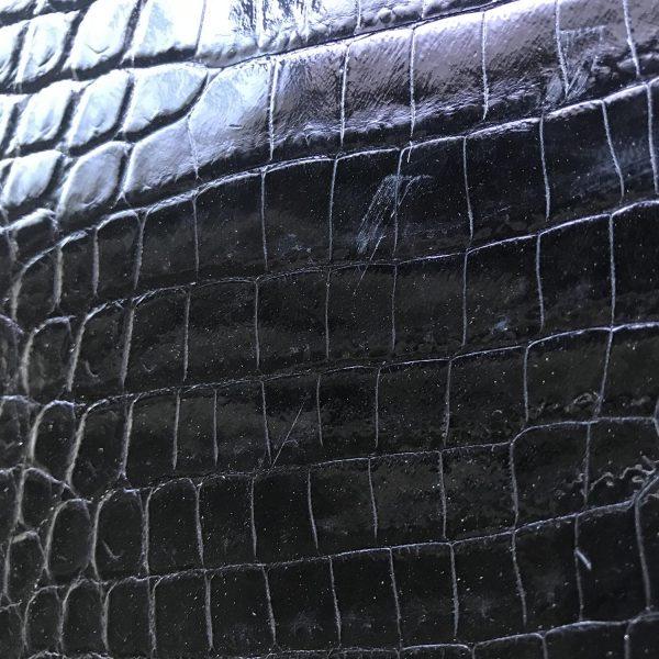 """SKU:10262 NAME:crocodile leather millenium black ANIMAL:crocodile leather SPECIE:niloticus ARTICLE:millenium COLOR:black USE:leathergoods, shoes, SIZE:30-34, 35-39 THICKNESS:1,0/1,2 DESCRIPTION:shinny, soft, dressy """
